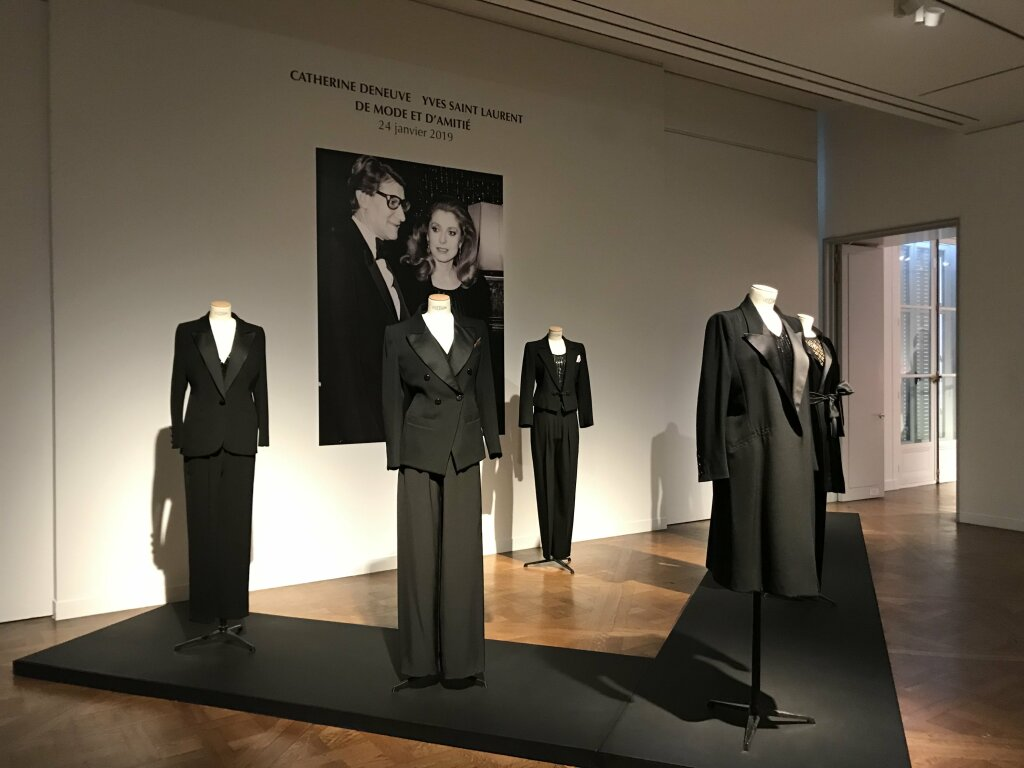 Catherine deneuve vente enchères Yves St Laurent Christies