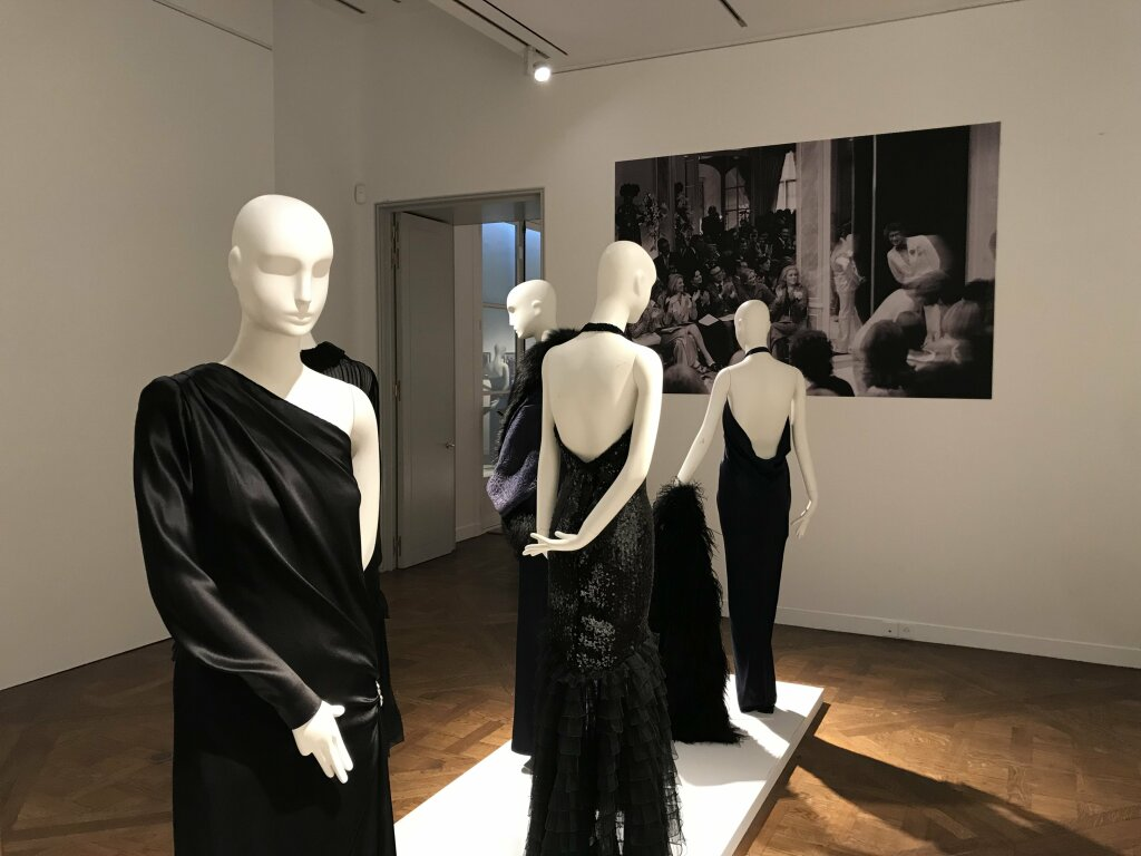 Catherine deneuve vente enchères Yves St Laurent Christies_7114