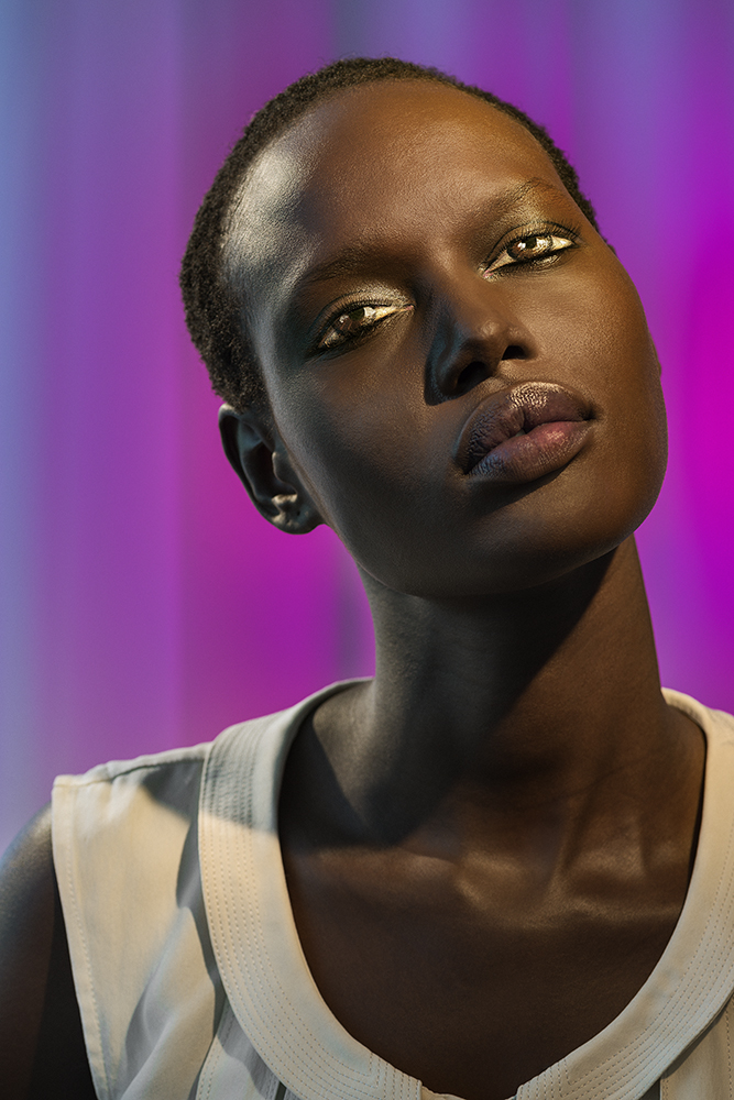 Laurie Simmons, How We See/Ajak/Violet, 2014.