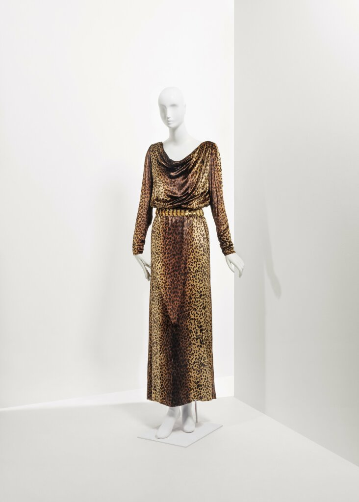 Lot 114 - A leopard silk velvet long dress Fall winter 1992-1993 €1.000-1.500