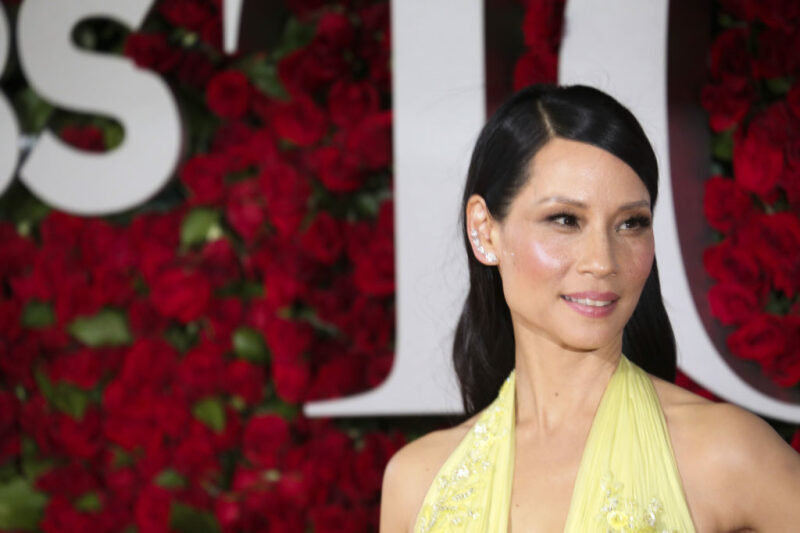 NEW YORK, NY - JUNE 12:  Lucy Liu attends the 70th Annual Tony Awards at the Beacon Theater on June 12, 2016 in New York City.  (Photo by Walter McBride/WireImage)