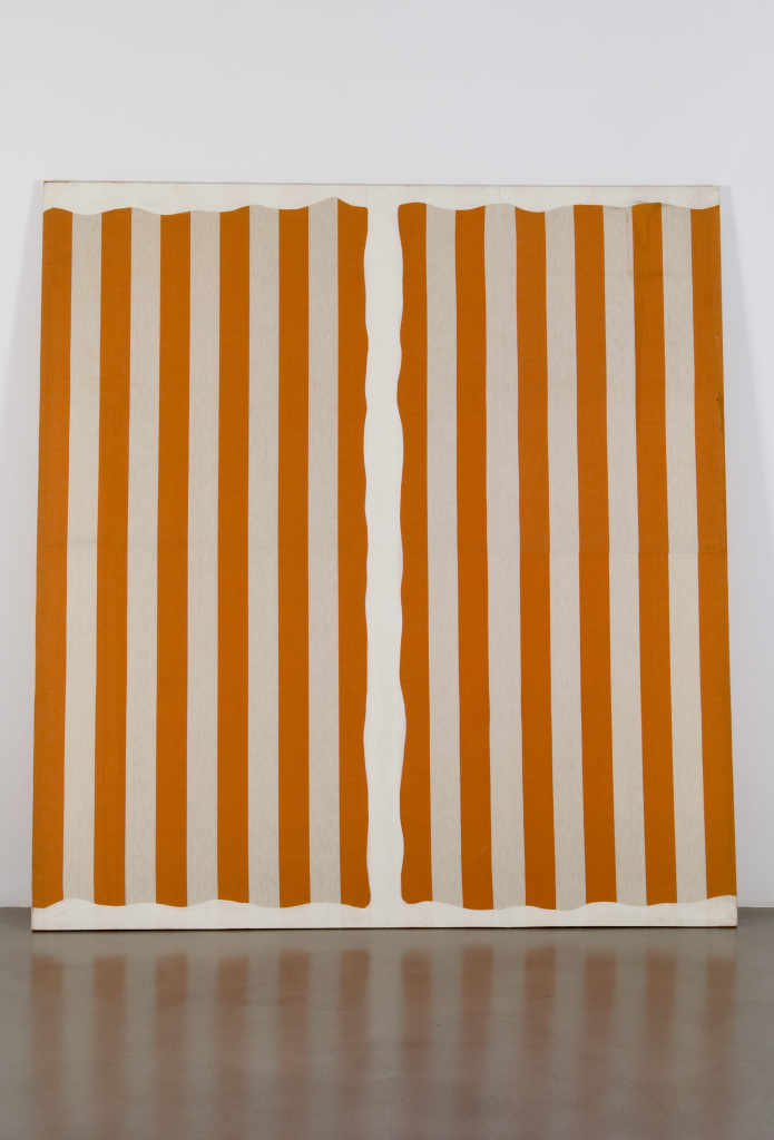 Daniel Buren. Peinture aux formes variables, [septembre-octobre] 1966. Collection de la Fondation Louis Vuitton, Paris. © DB - Adagp, Paris .2019