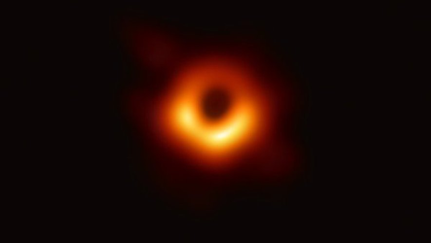DR Event Horizon Telescope