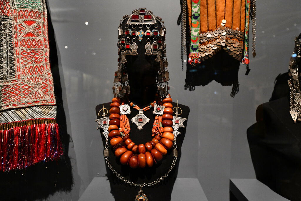 Vue exposition - 20 ans d'acquisition - Quai Branly Paris (14)