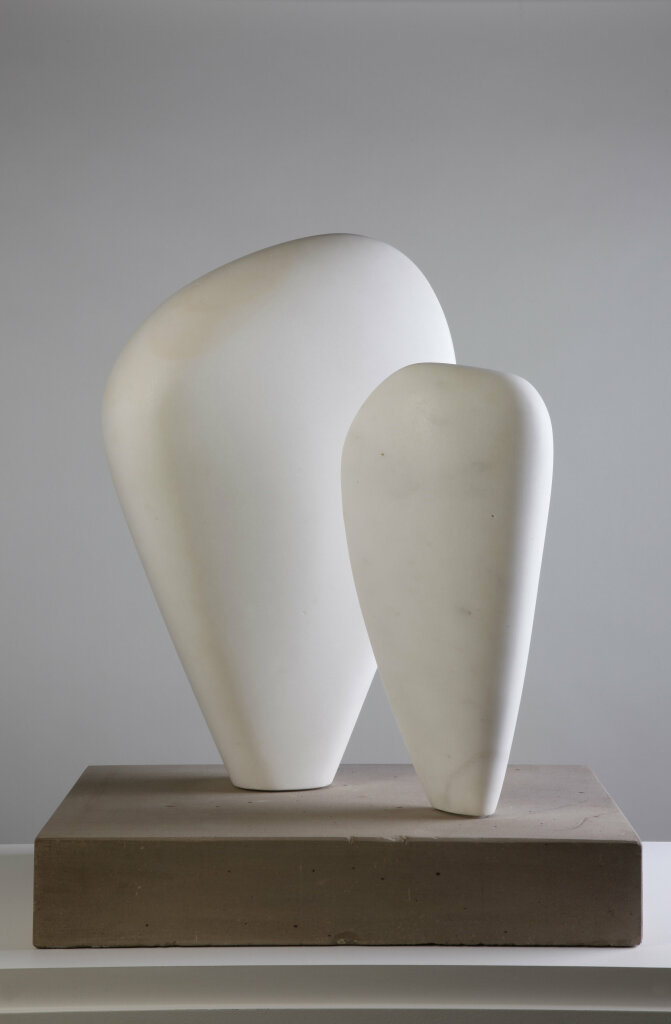 Barbara Hepworth, Two Forms