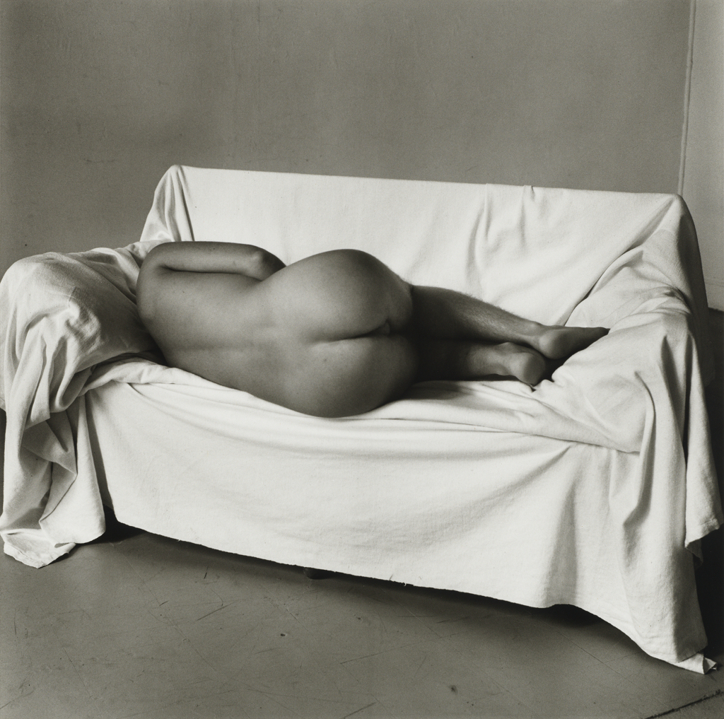 5. Peter Hujar, Reclining Nude on Couch, 1978 Tirage gélatino-argentique, The Morgan Library & Museum, achat en 2013 grâce au Charina Endowment Fund