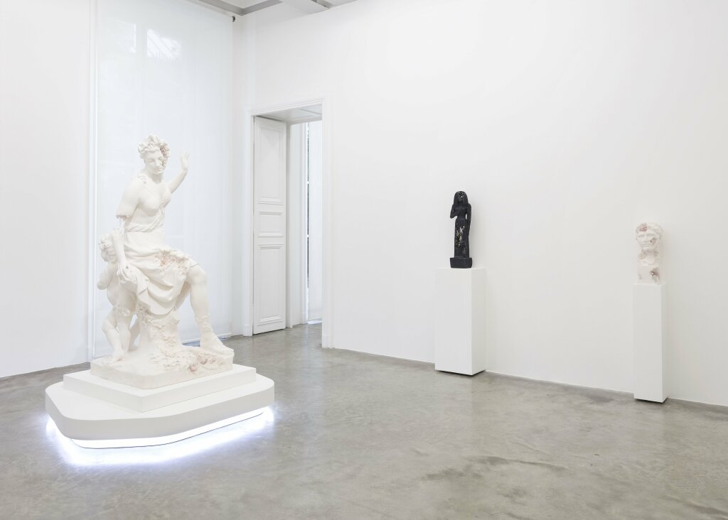 """Expo galerie Perrotn - Daniel Arsham - View of the exhibition """"3020"""""""