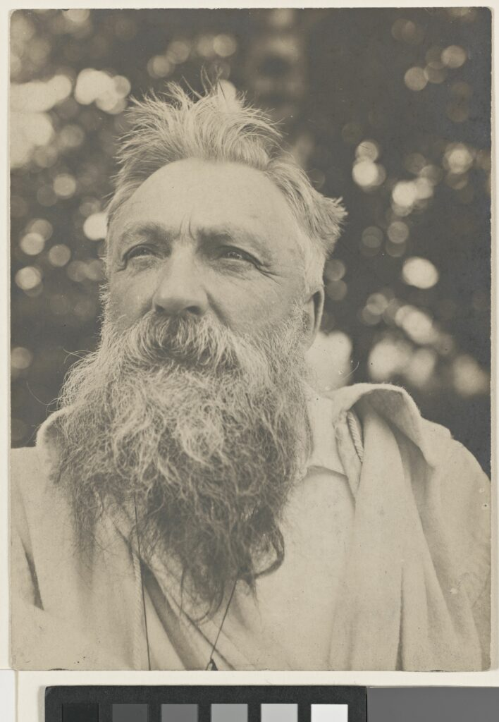 Portrait de Rodin, les cheveux ébouriffés