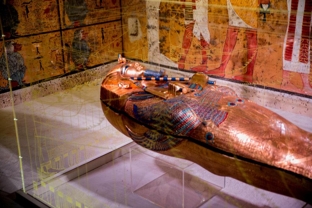 Sarcophage Toutankhamon, réplique