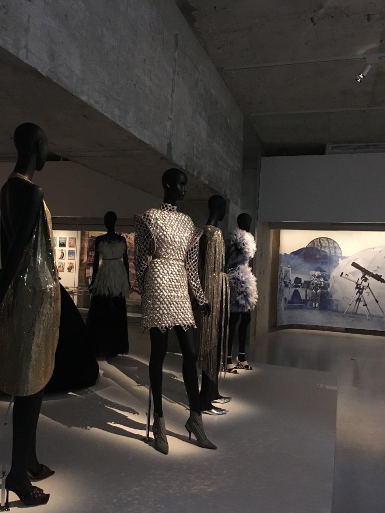 harpers bazaar musée des arts décoratifs vue de l'exposition43