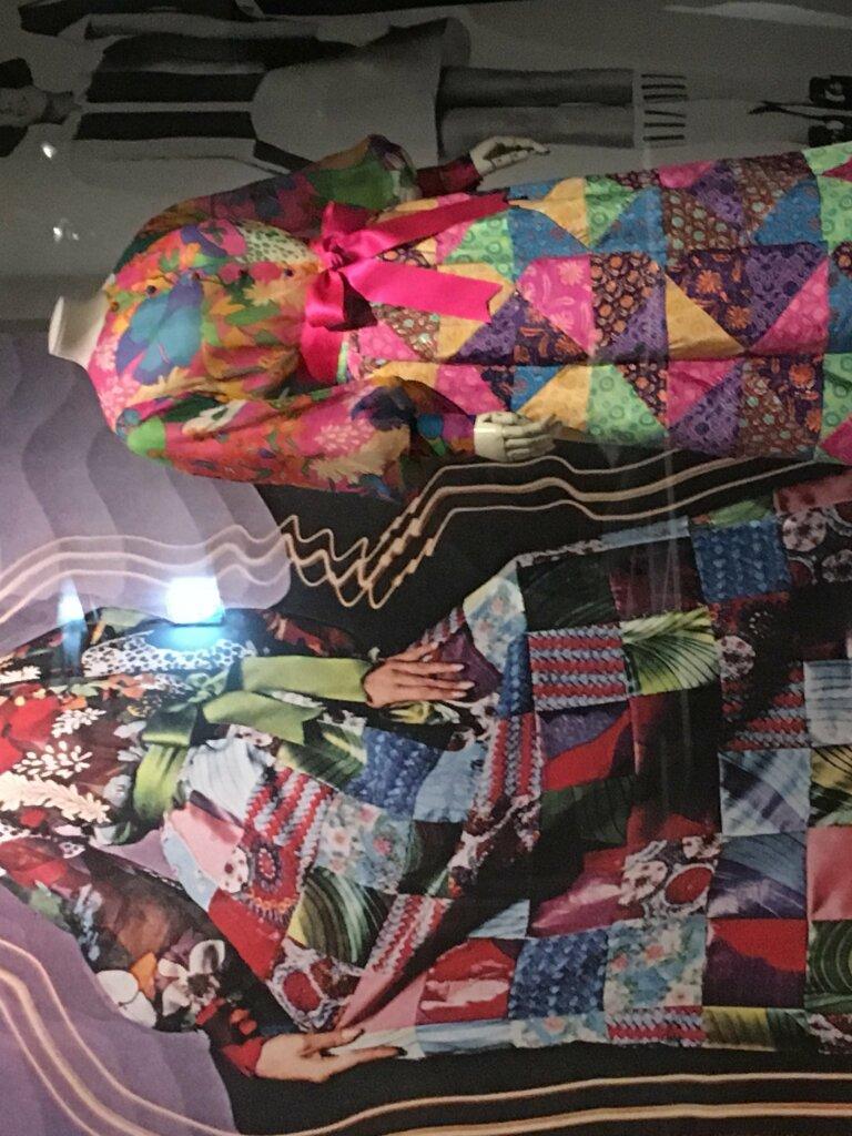 harpers bazaar musée des arts décoratifs vue de l'exposition727