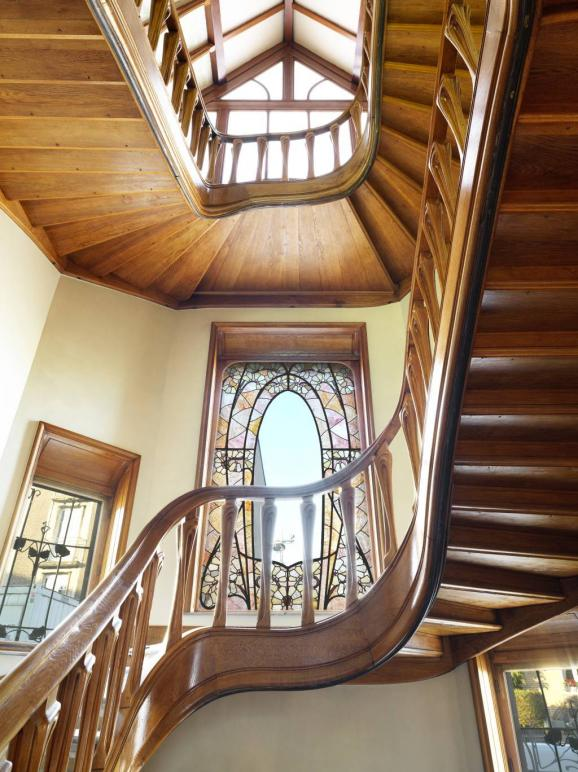 Escalier principal, 1 er étage. Villa Majorelle, à Nancy, décembre 2019