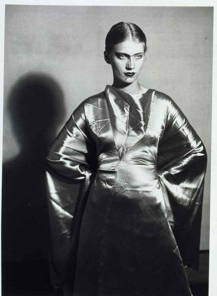 Man Ray, Lee Miller, le visage peint, vers 1930