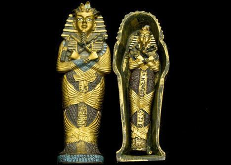Un sarcophage figure parmi les objets volés par Raouf Ghabi