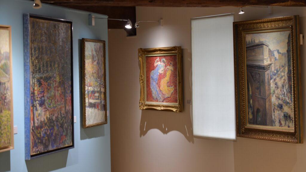 Vue de l'exposition Nicolas Tarkhoff au Musée de l'Hôtel-Dieu de Mantes-la-Jolie (5)