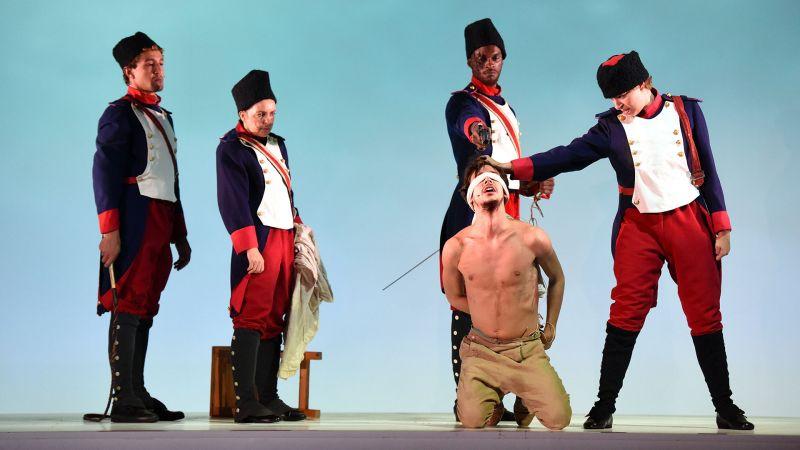 """""""Candide"""" de Voltaire, mis en scène par Arnaud Meunier au Théâtre de la ville"""