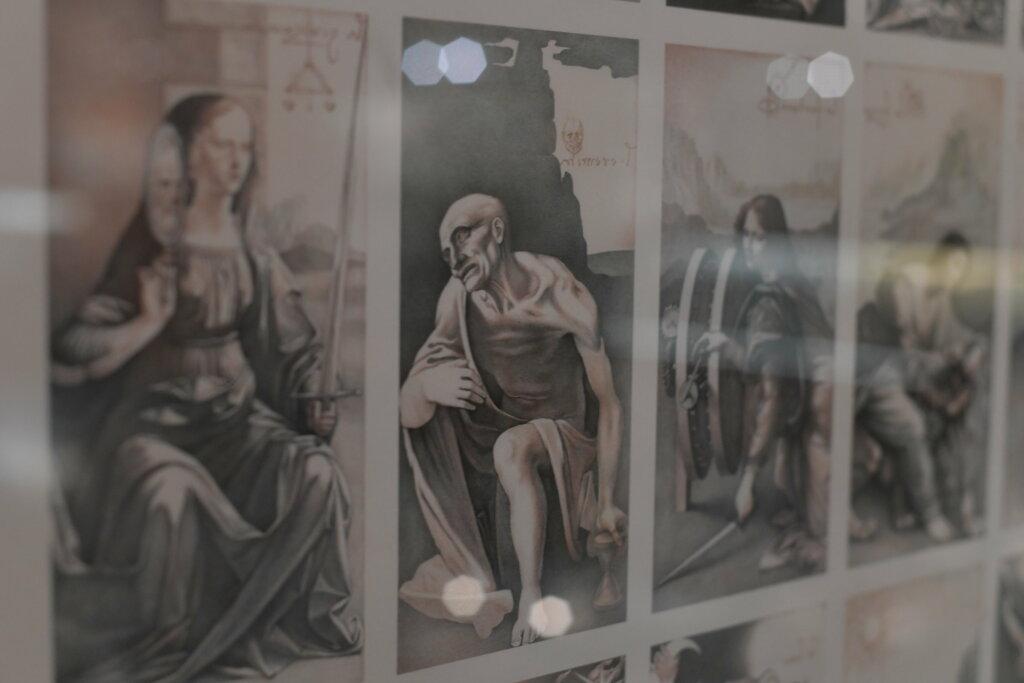 exposition cartomancie entre mystère et imaginaire - Musée de la Carte à Jouer