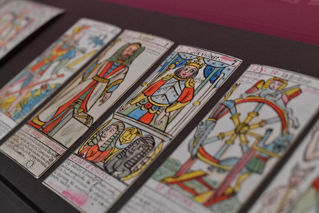 exposition cartomancie entre mystère et imaginaire - Musée de la Carte à Jouer (16)