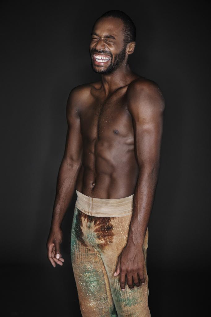 Gregoire Korganow, Babatunji Johnson, série Sortie de scène