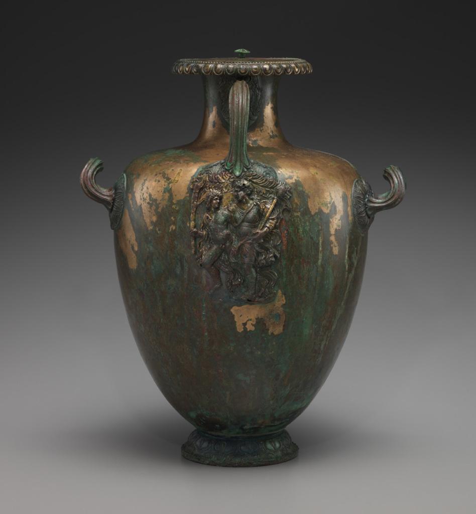 Hydrie funéraire à décor dionysiaque - Boire avec les Dieux - Cité du Vin