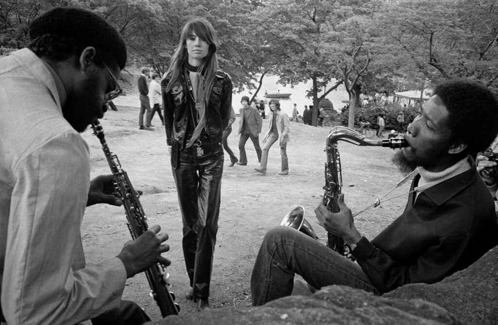 Jean-Pierre Laffont - Françoise Hardy à Central Park, mai 1969