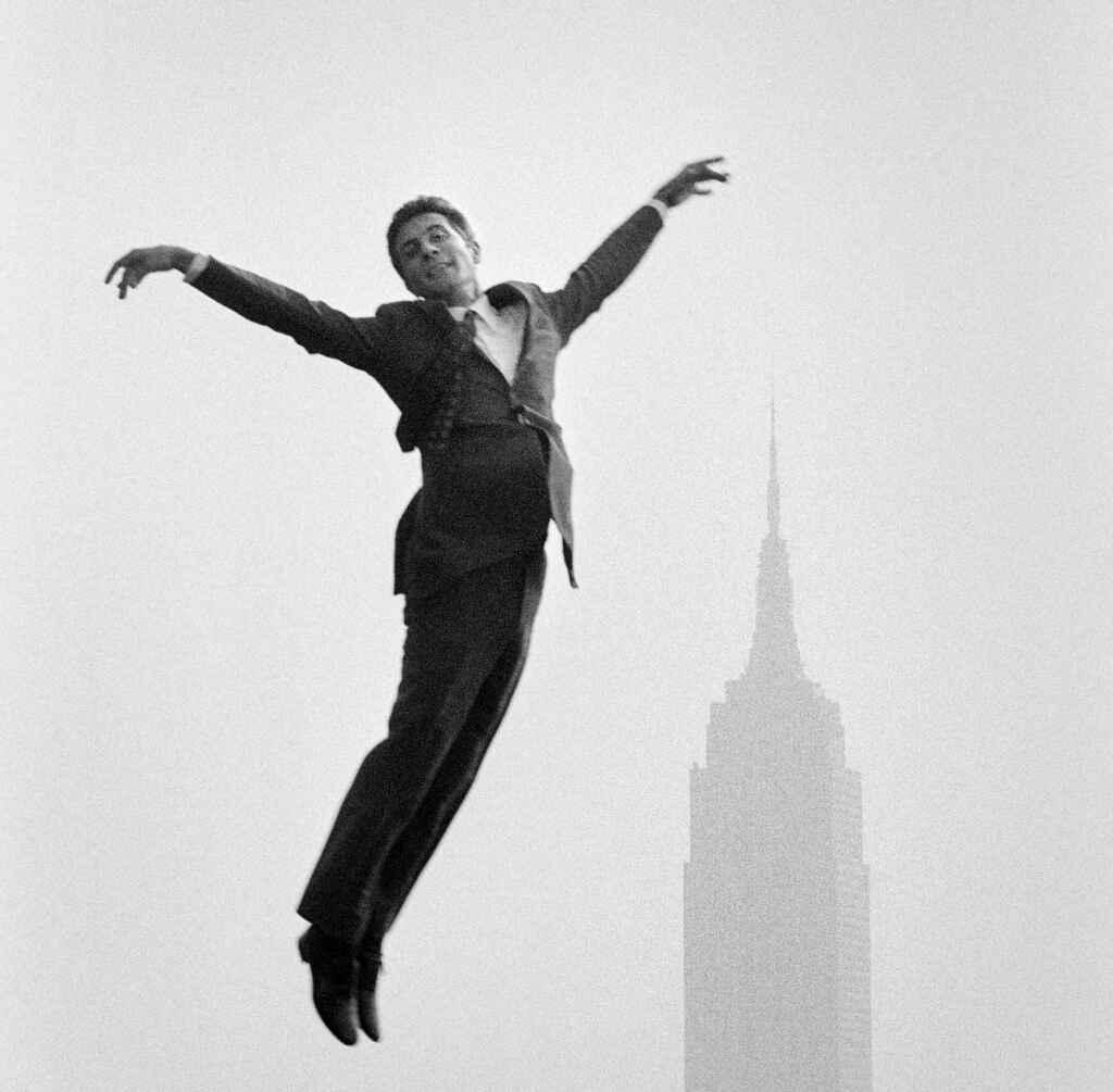 Jean-Pierre Laffont - Gilbert Bécaud, NYC, octobre 1966