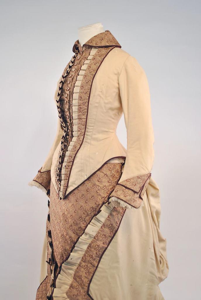 Robe issue de la Collection la Dame d'Atour 2