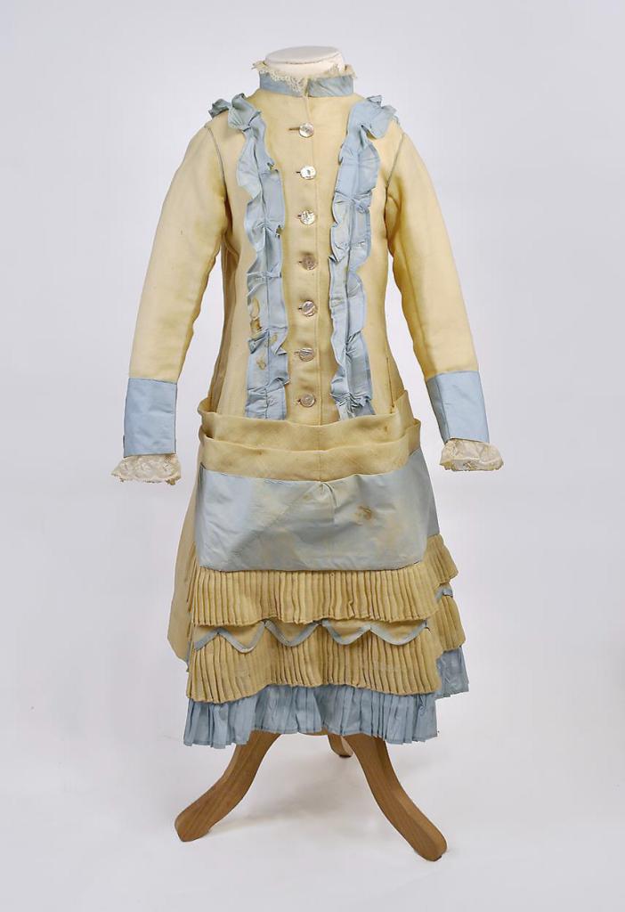 Robe issue de la Collection la Dame d'Atour 4