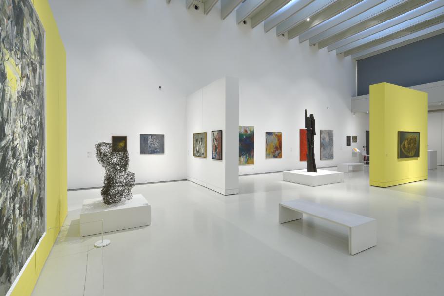 Vue de l'exposition Femmes Années 50 (8)