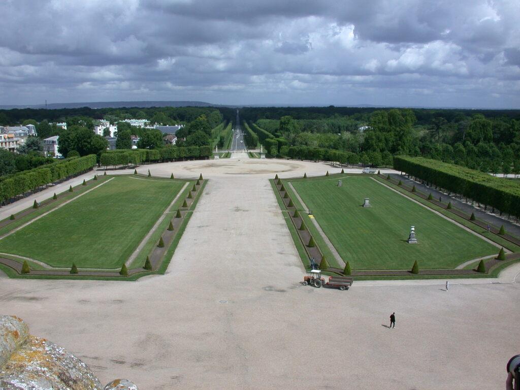 Vue sur les parterres A. Lenôtre depuis le toit du château de Saint-Germain-en-Laye
