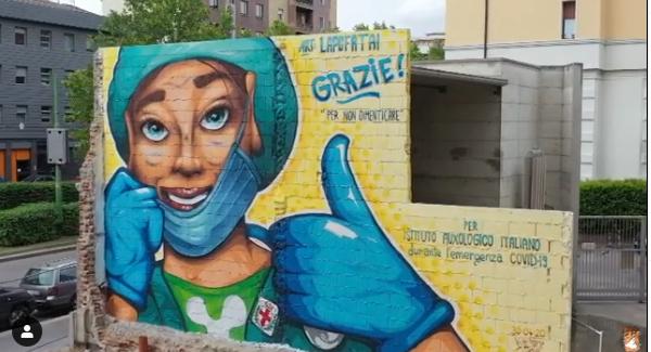 Fresque en hommage au personnel soignant italien