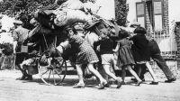 L'Exode, mai-juin 1940 © LAPI Roger Viollet