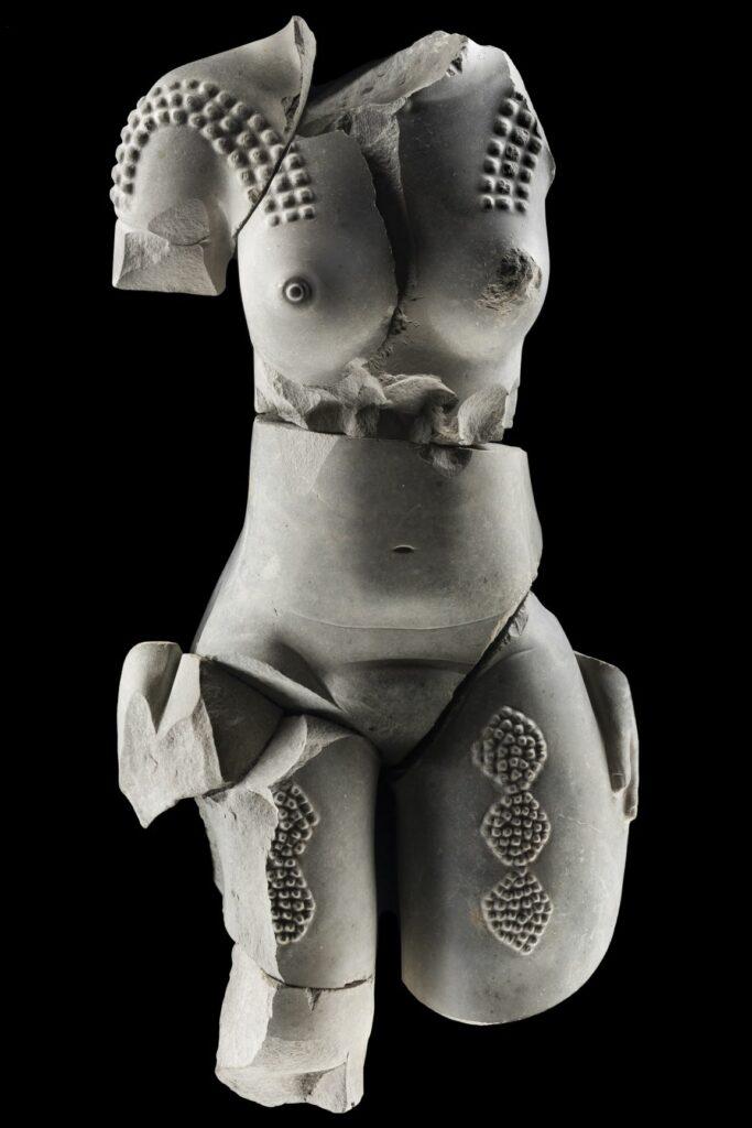 Sculpture de femme olmèque