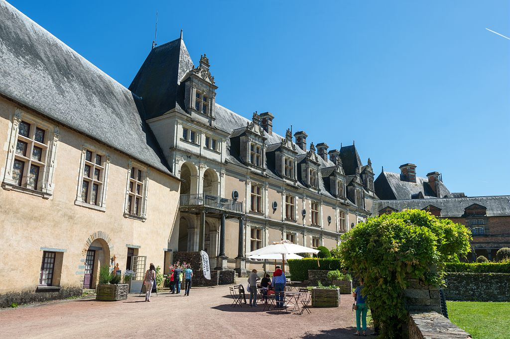 Photo du spectacle Effet Escargot dans la cour du chateau de Chateaubriant
