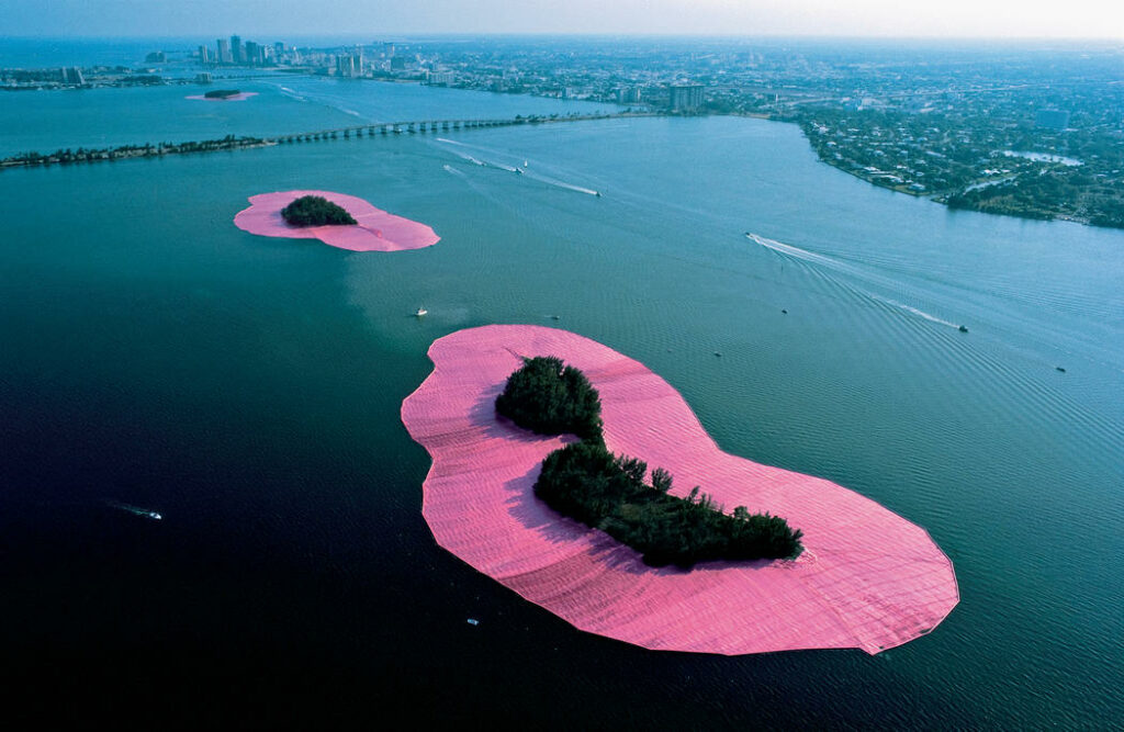 Christo Jeanne-Claude, Surrounded Islands, Biscayne Bay, Greater Miami, Florida, 1980-83 -