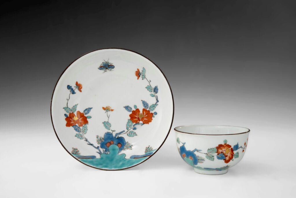 Exposition Meissen folies de porcelaine au musée Ariana- Boletsoucoupe,vers1735, Porcelaine,émauxpolychromes,filetor