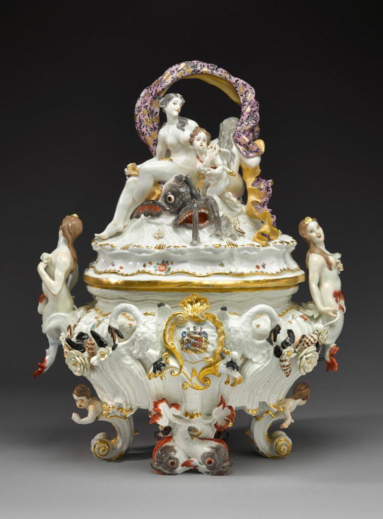 Exposition Meissen folies de porcelaine au musée Ariana- Terrine(Serviceauxcygnes),vers1765‐1770