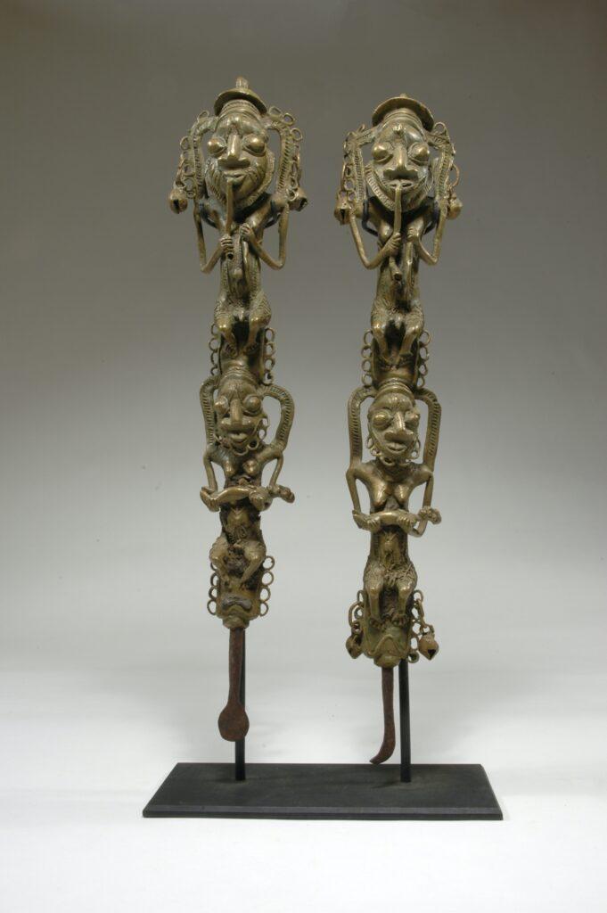 Statuettes figuratives pour la société Ògbóni (ẹdan Ògbóni)