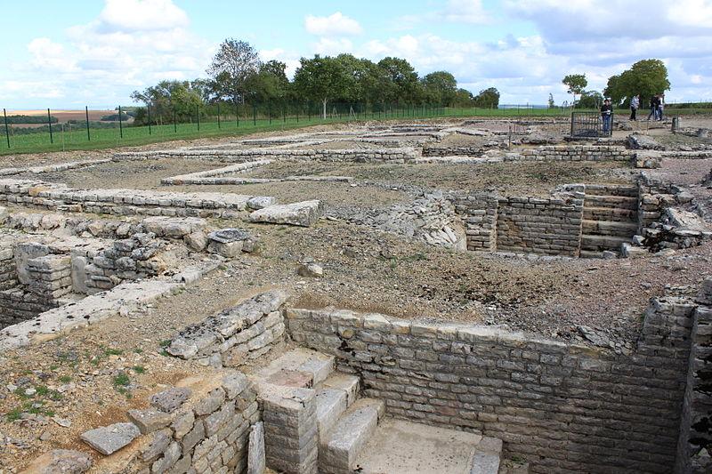 Chantier de fouilles à Alise-Sainte-Reine, Bourgogne