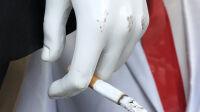 Exposition le cabaret du néant-Romain Moncet Last cigarette (série Mobiles), 2019 © Romain Moncet Courtesy de l'artiste
