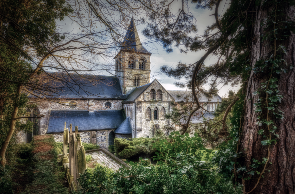 Abbaye de Graville-cimetière romantique
