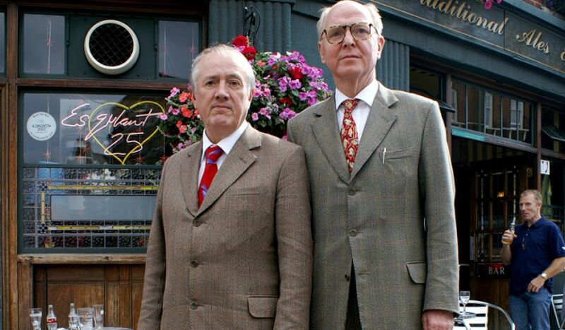 Gilbert et George foutent le camp de la Royal Academy