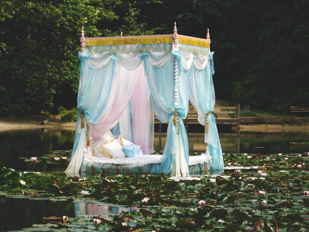 Vincent Olinet et Galerie Laurent Godin - Pas encore mon histoire - Voyage à Nantes - 2008