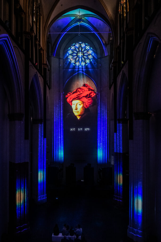 Lights on Van Eyck dans l'Eglise Saint Nicolas
