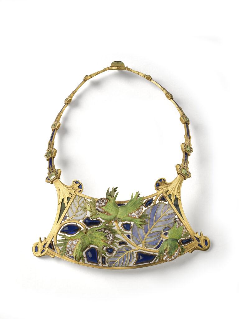 Collier Noisette René Lalique, Paris, vers 1900