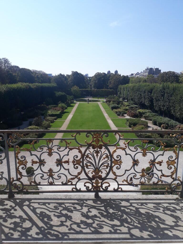 Vue du jardin, depuis l'hôtel Biron