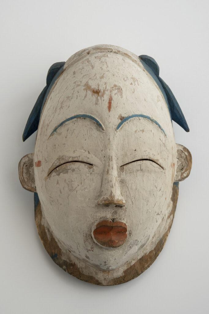 Masque de danse, okuye, Première moitié du 20e siècle, Gabon