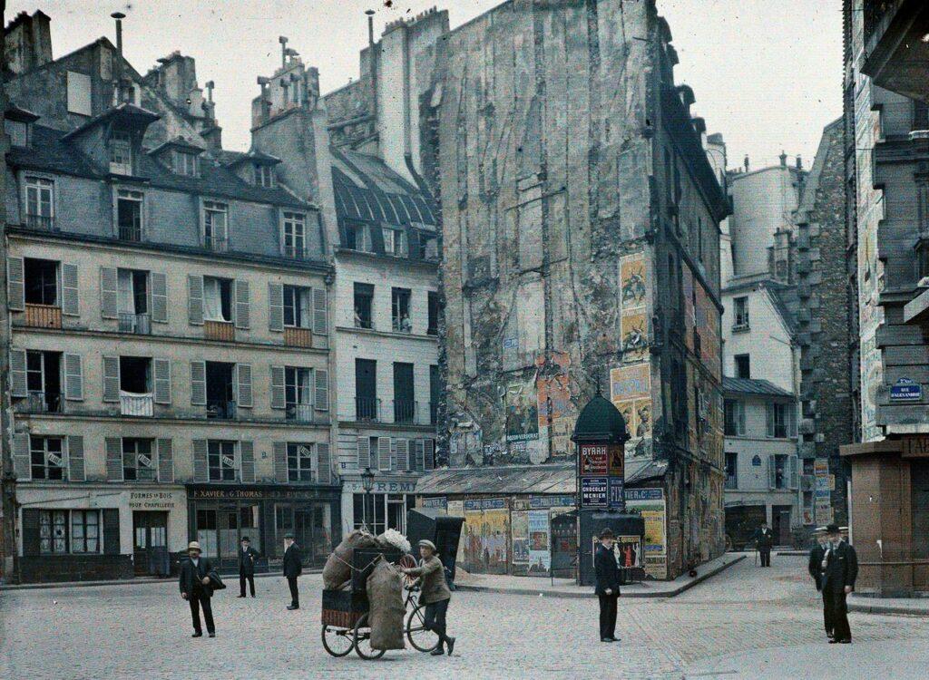 Anonyme, Paris 6e, la cour du Dragon, juillet 1914