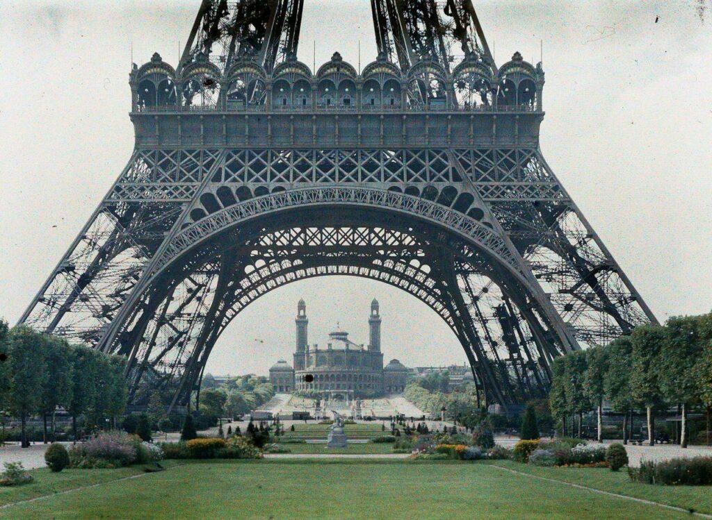 Stéphane Passet, Paris 7e, le palais du Trocadéro vude la tour Eiffel, date inconnue