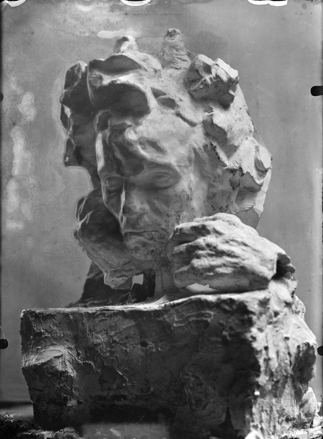 Antoine Bourdelle, Beethoven aux deux mains, étude en plâtre, vers 1910